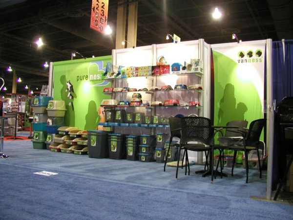 See how we can make customers flock to your trade show booth
